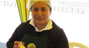 Las mujeres: Orgullosas emprendedoras en sus comunidades