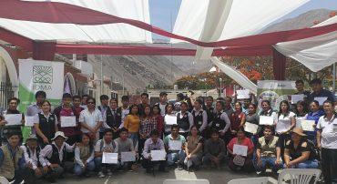 Más de 430 jóvenes mujeres y hombres se gradúan de 13 cursos de extensión en la Región Lima