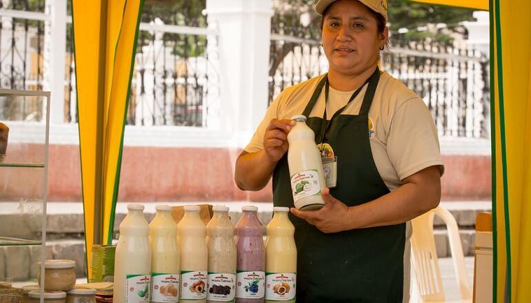 Desayuno Empresarial con empresas que promueven el consumo local y la alimentación saludable